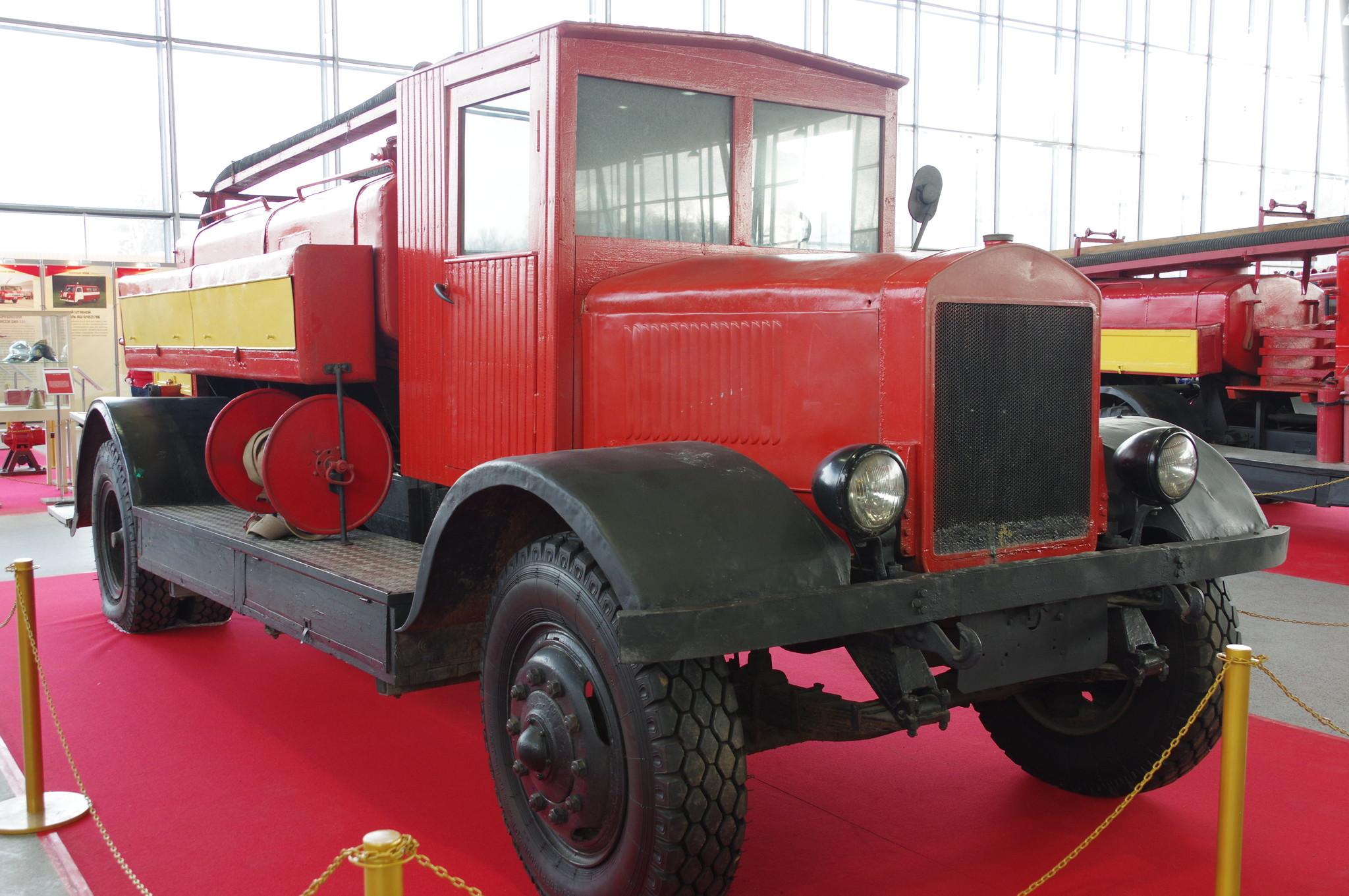 Пожарная автоцистерна ЯГ-6. 1940 год