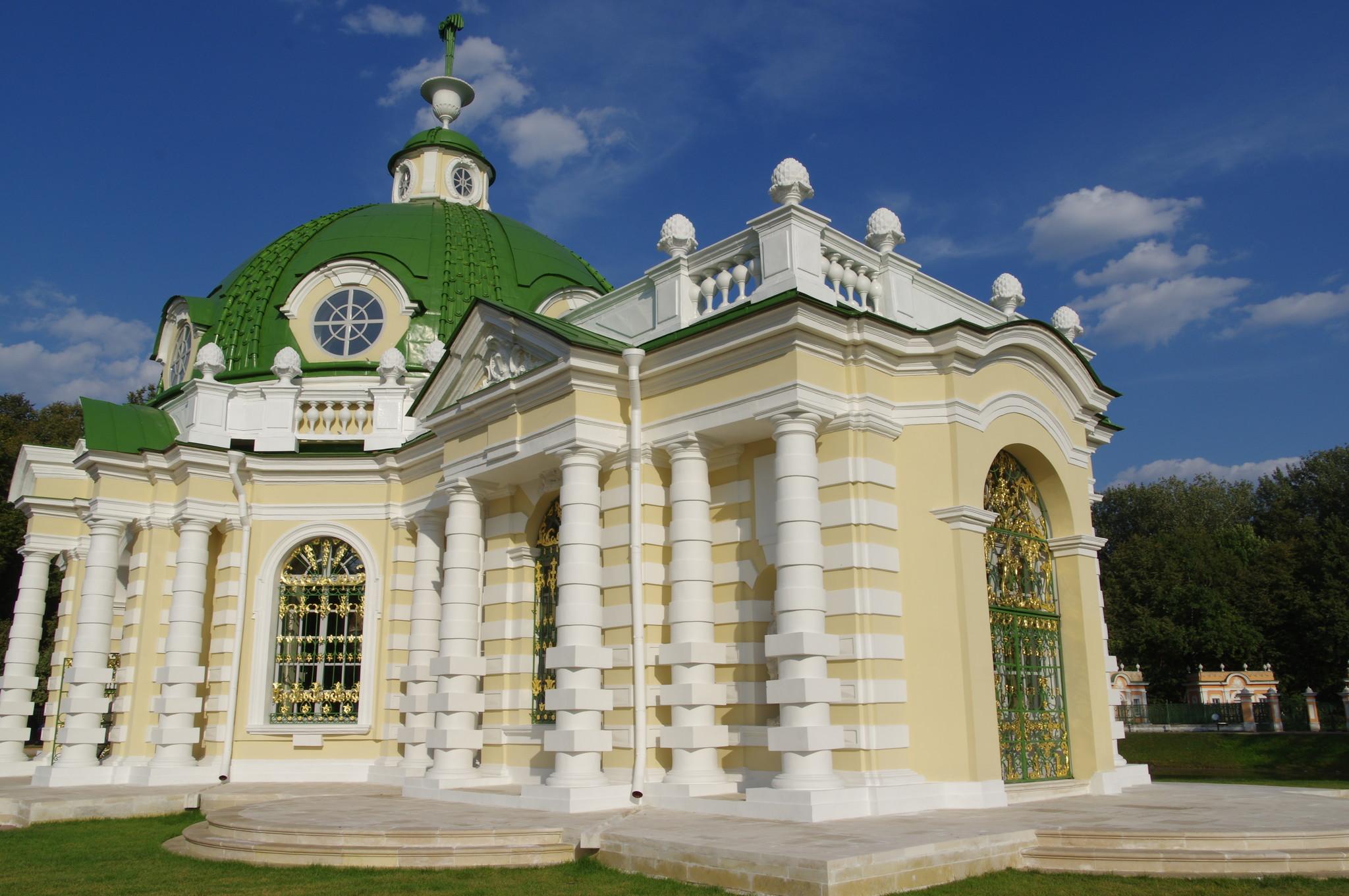 Павильон «Грот» в Кусково