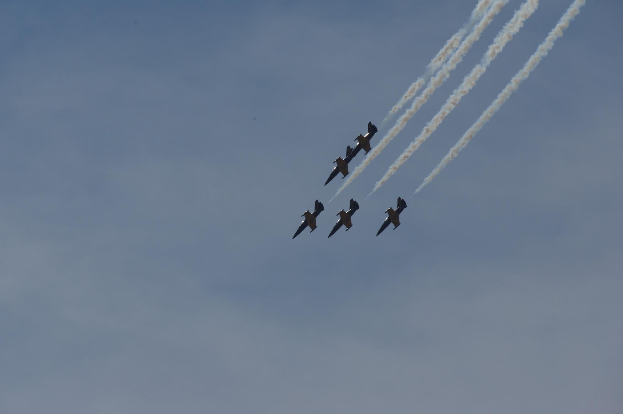 Выступления пилотажных групп