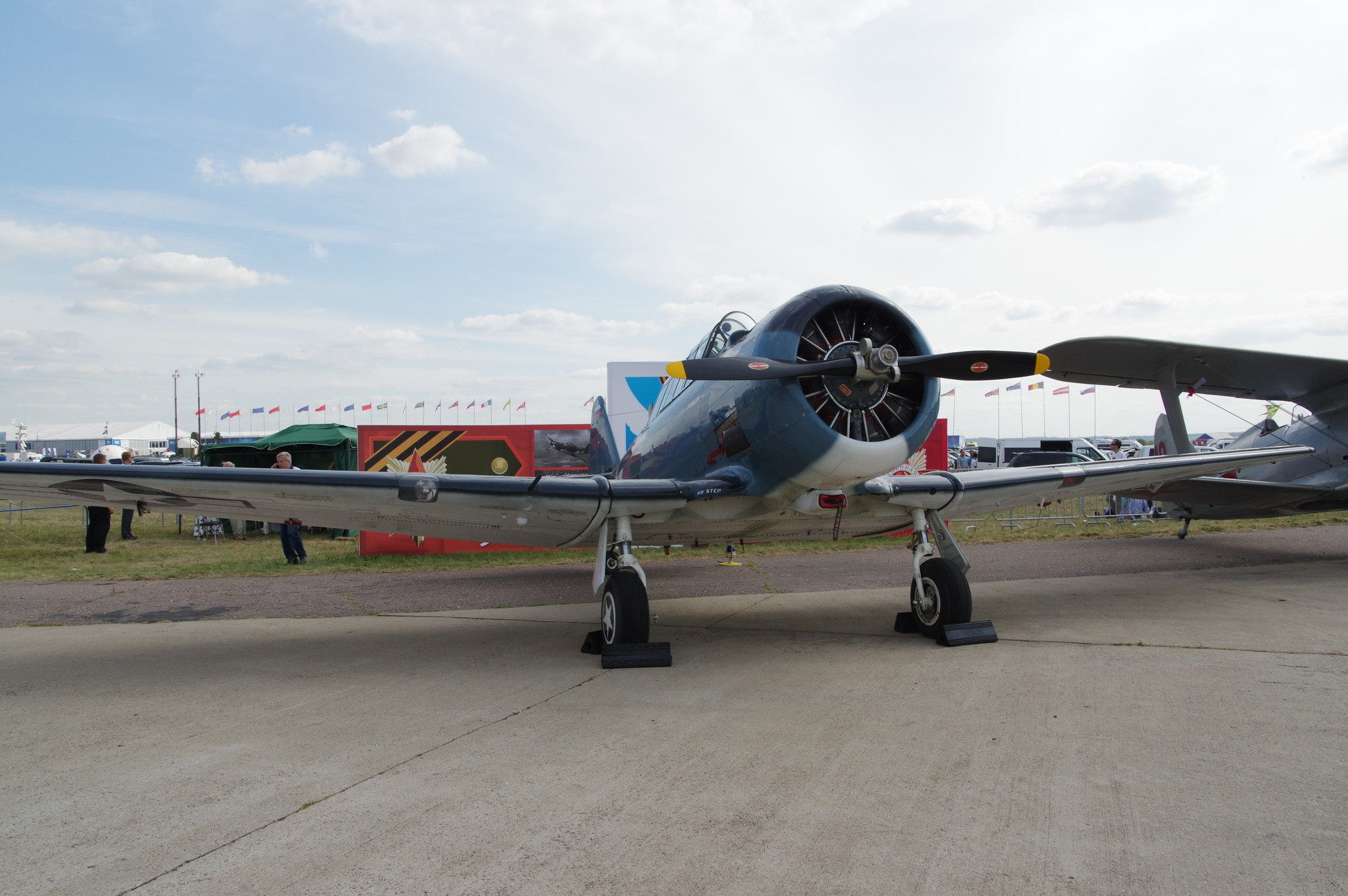 Лёгкий учебный самолёт T-6 Texan