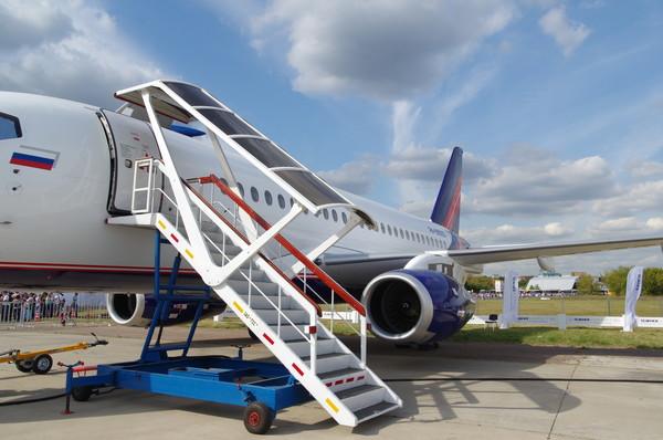 Sukhoi Superjet 100 — ближнемагистральный пассажирский самолёт