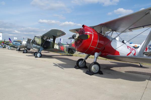 Истребитель И-15бис и двухместный истребитель тренировочный ДИТ