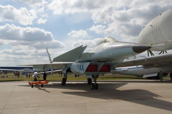 МиГ 1.44 МФИ — опытно-экспериментальный прототип истребителя пятого поколения