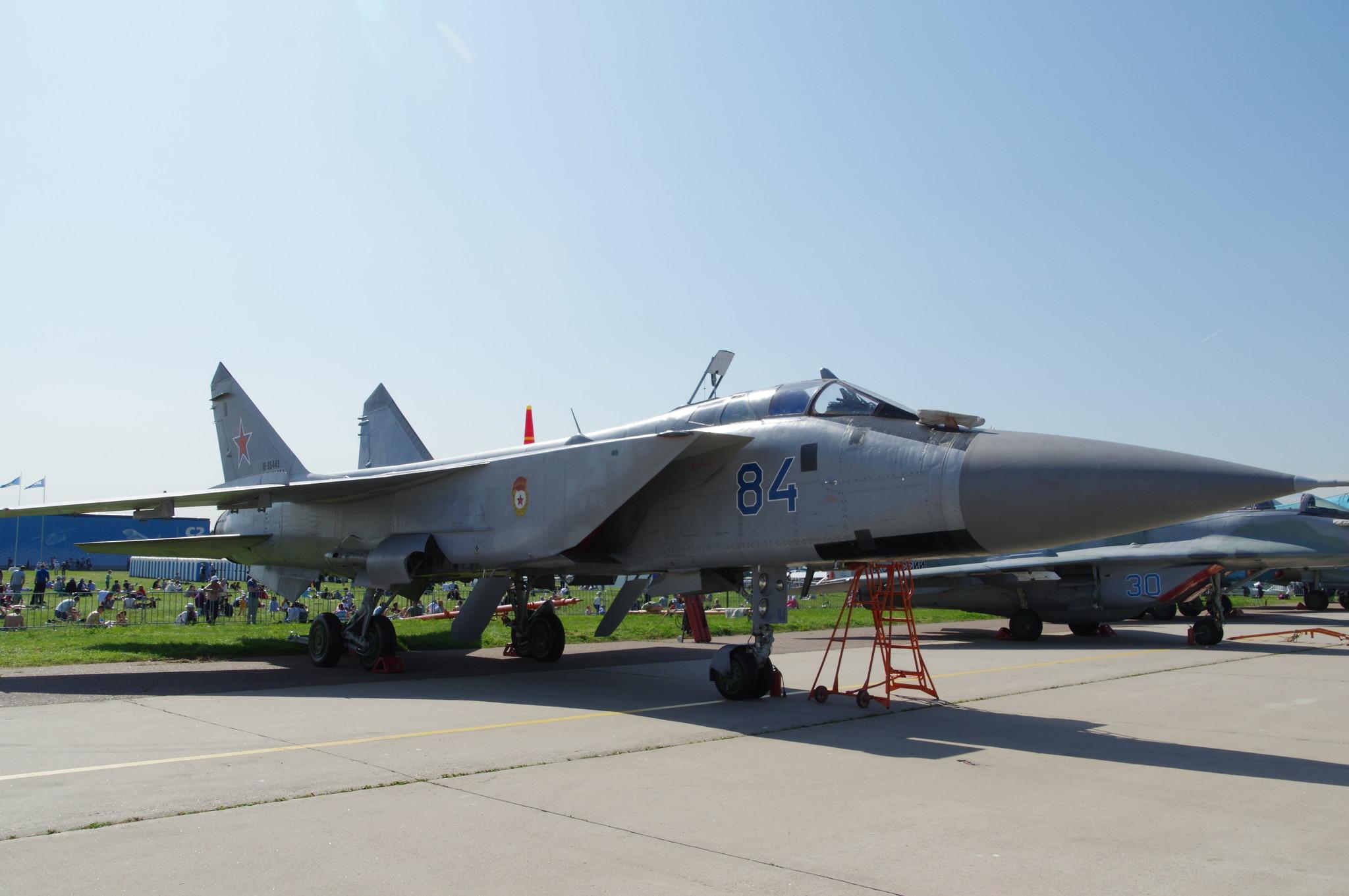 Сверхзвуковой высотный всепогодный истребитель-перехватчик дальнего радиуса действия МиГ-31БМ