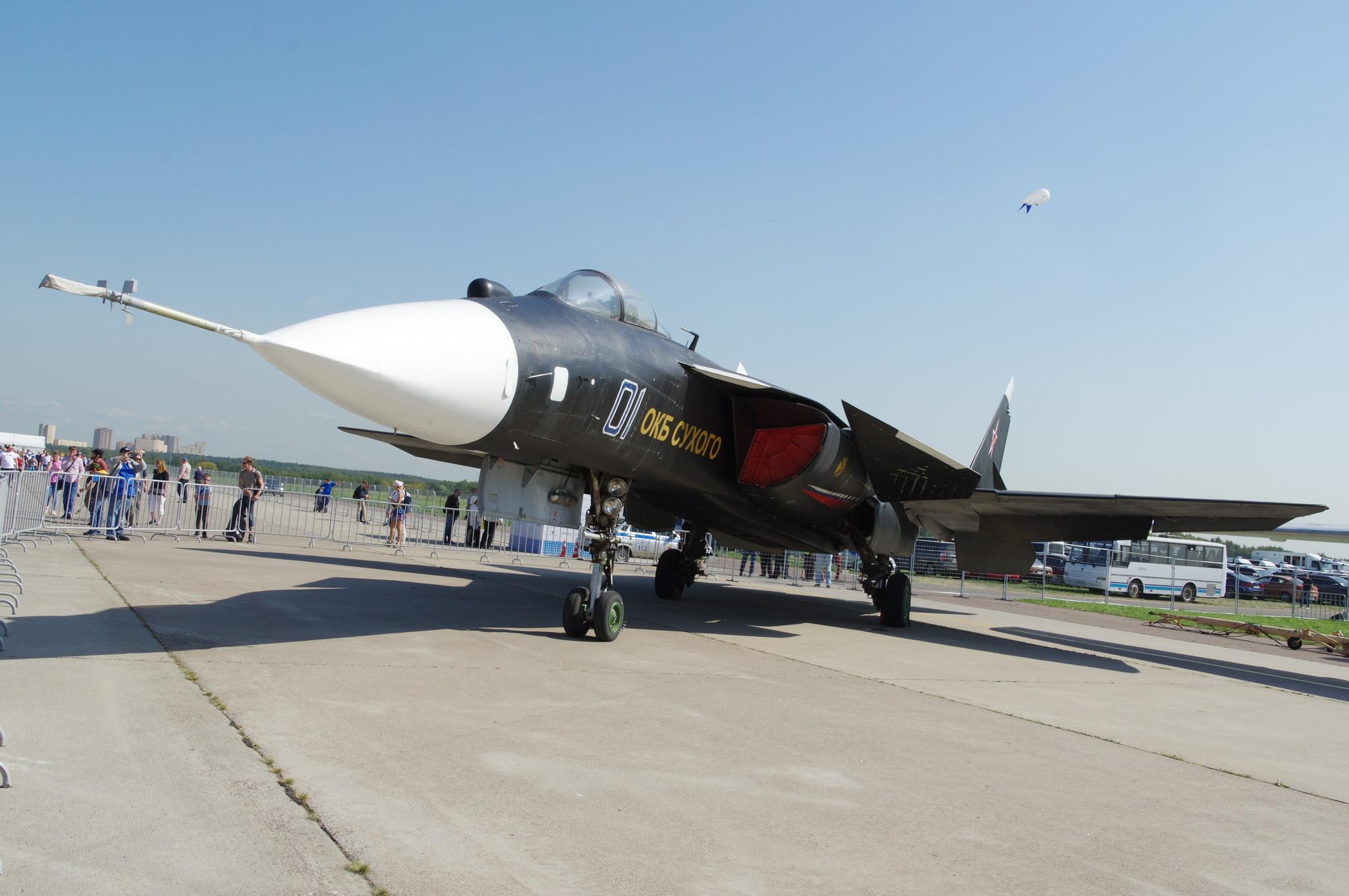 Экспериментальный перспективный палубный истребитель Су-47 «Беркут»