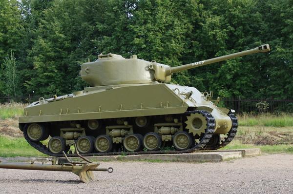 Средний танк М4А4 «Шерман» (M4A4 Sherman)