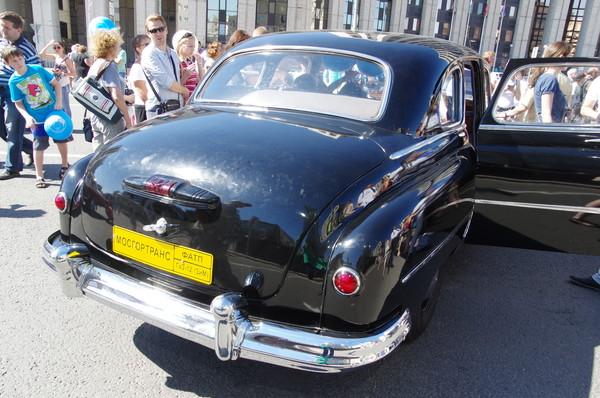 Автомобиль ГАЗ-12 «ЗИМ»