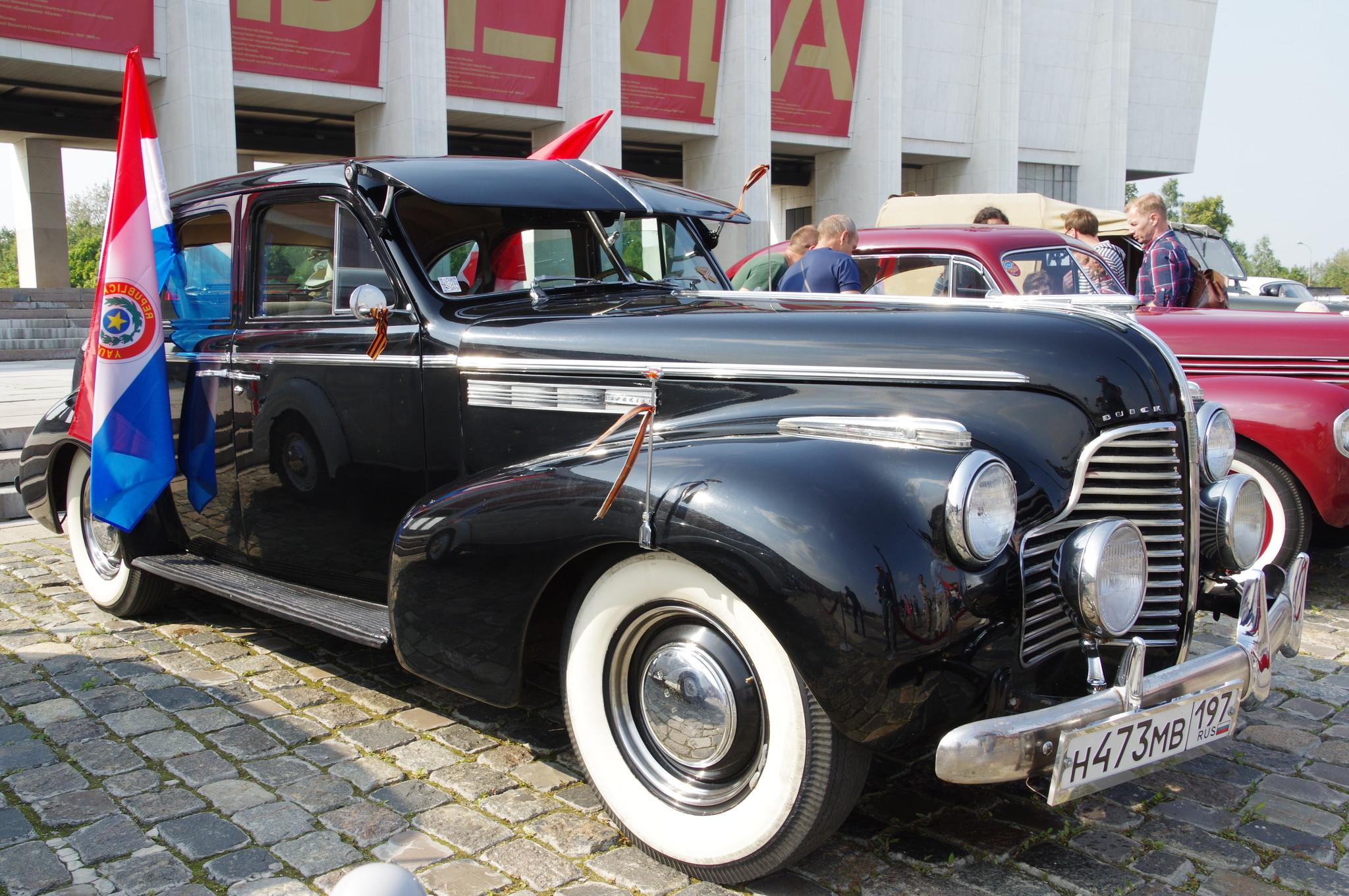 Легковой автомобиль Buick Eight