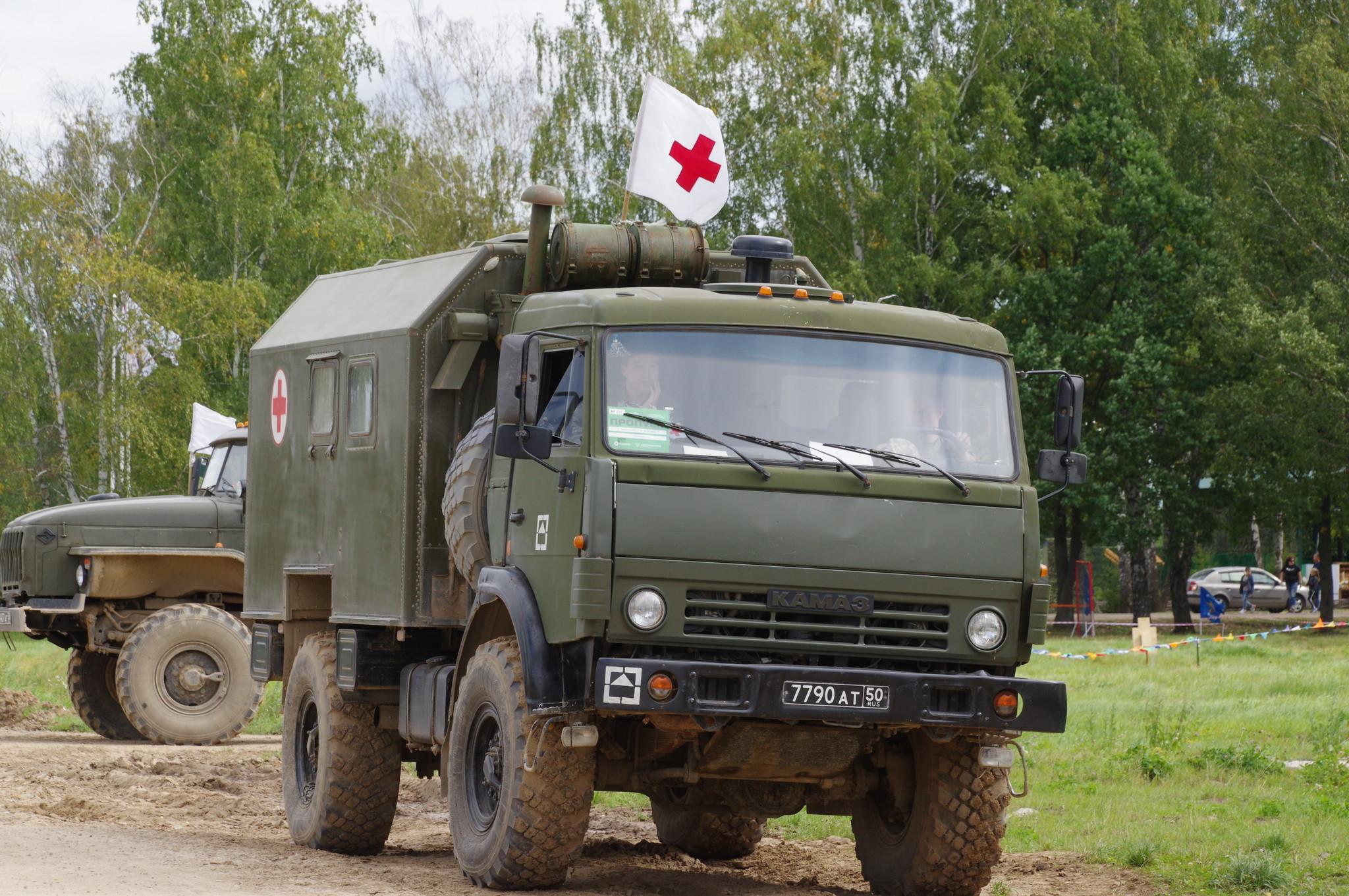 Санитарный автомобиль на грузовом шасси КАМАЗ
