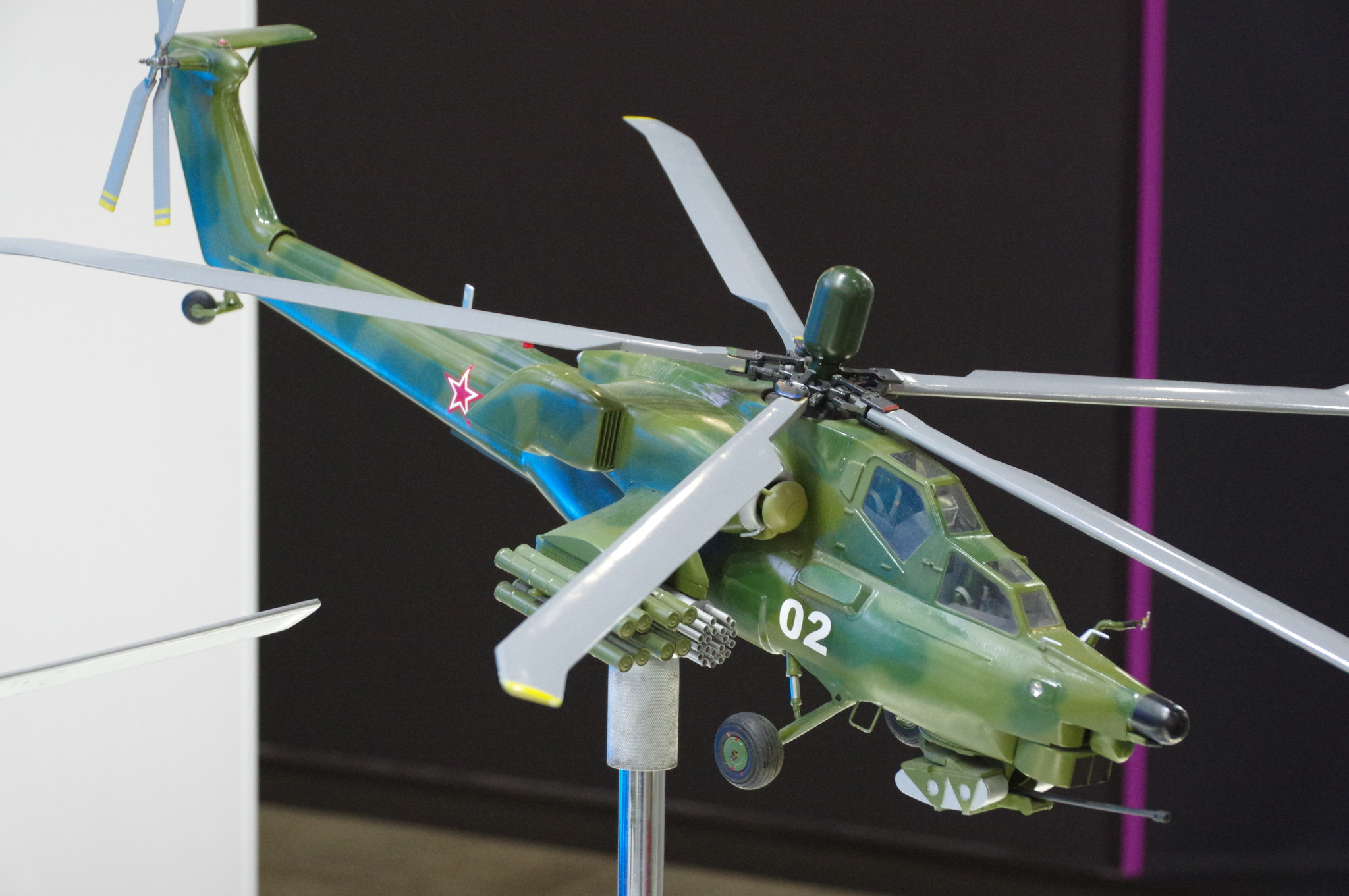 Модель вертолёта Ми-28НЭ «Ночной охотник»