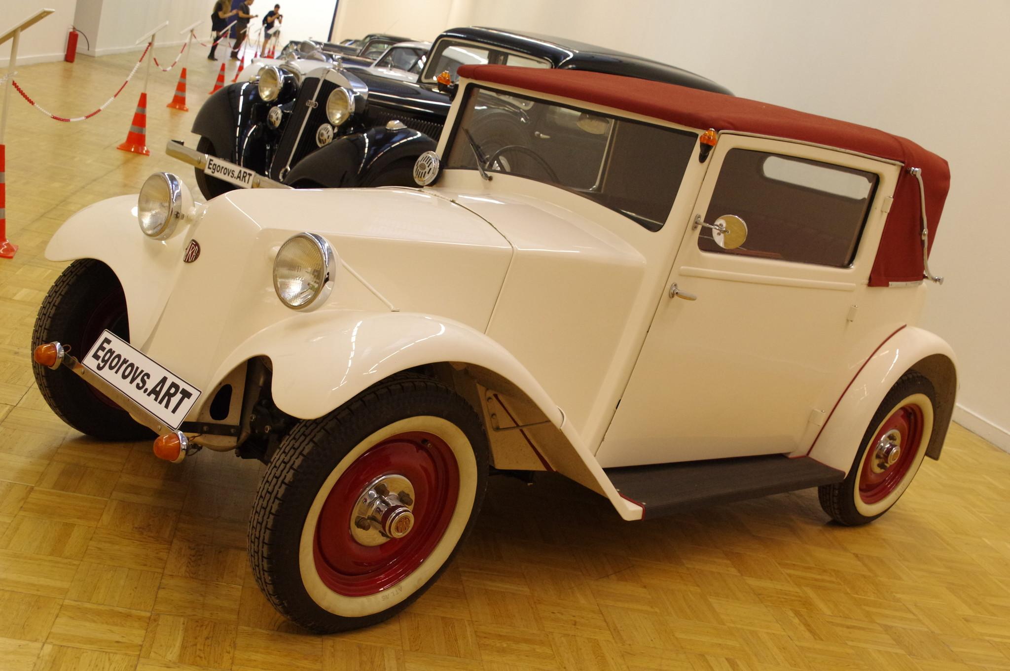 Автомобиль Tatra 57