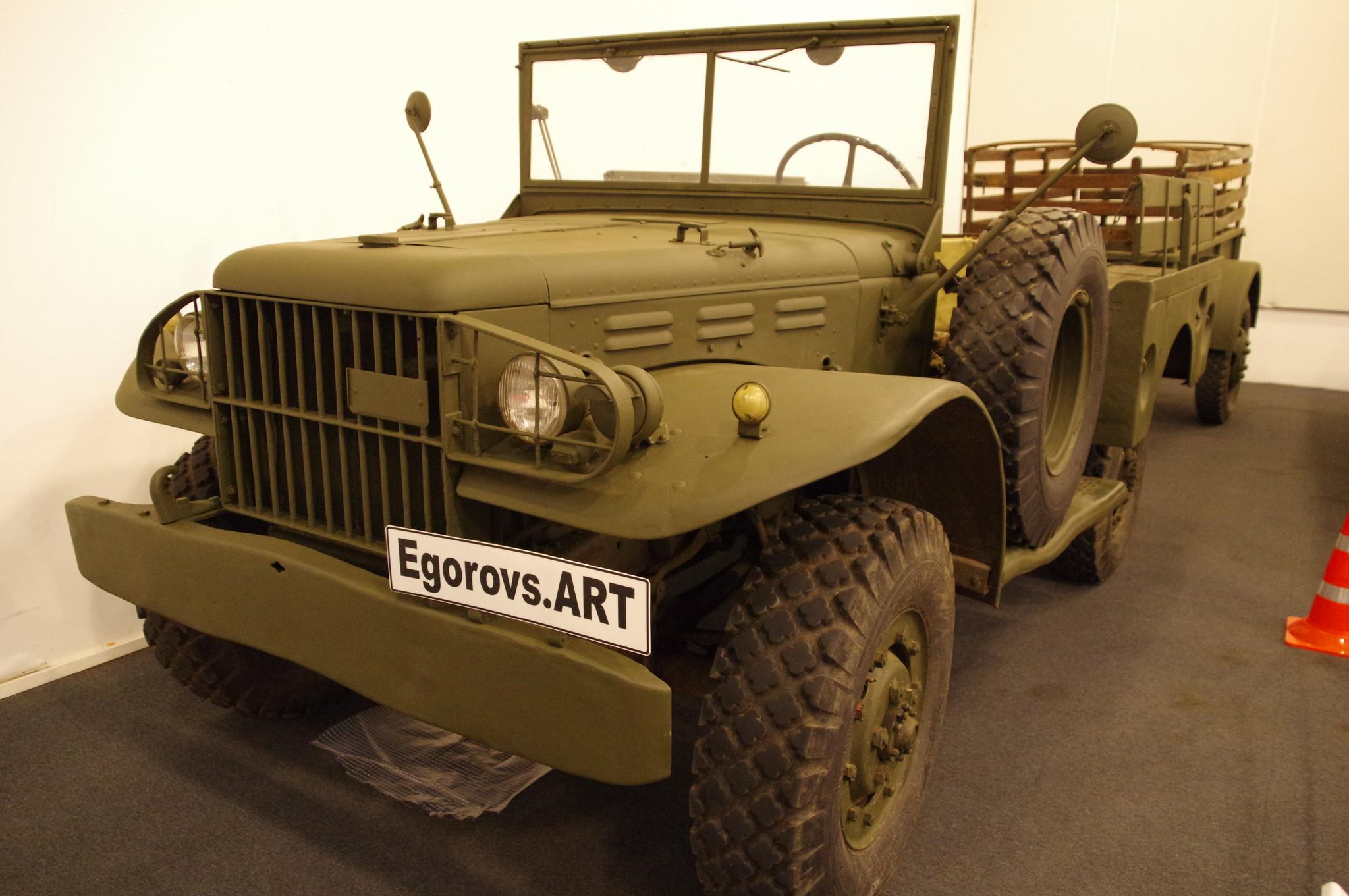 Автомобиль Dodge WC-51 Т-214 Weapons Carrier («Носитель вооружений») 1944 года выпуска