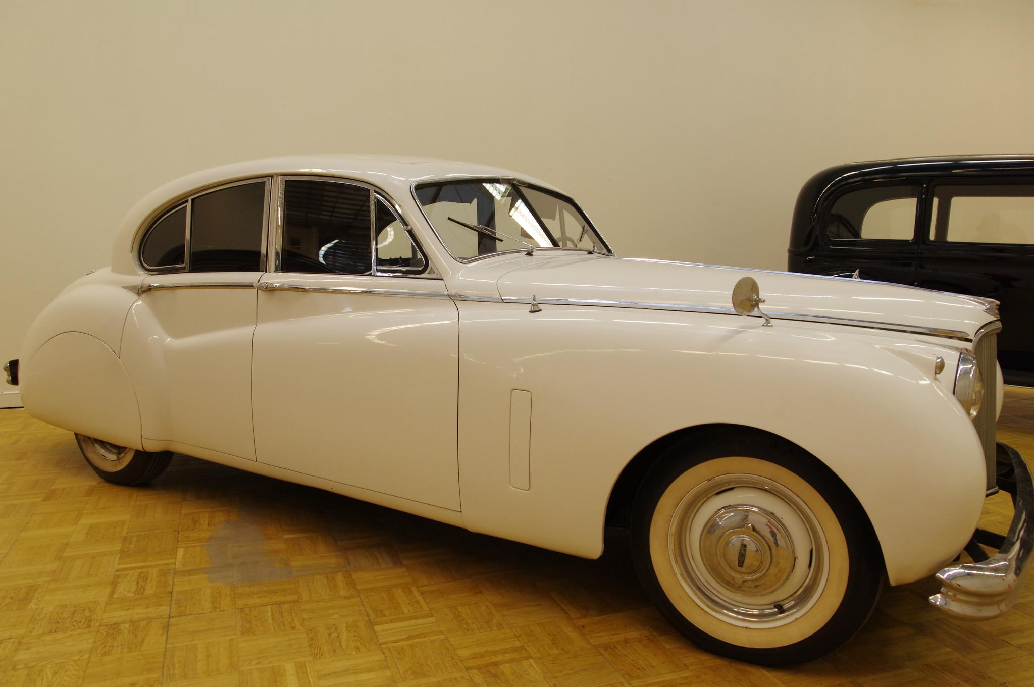 Автомобиль Jaguar Mk VII