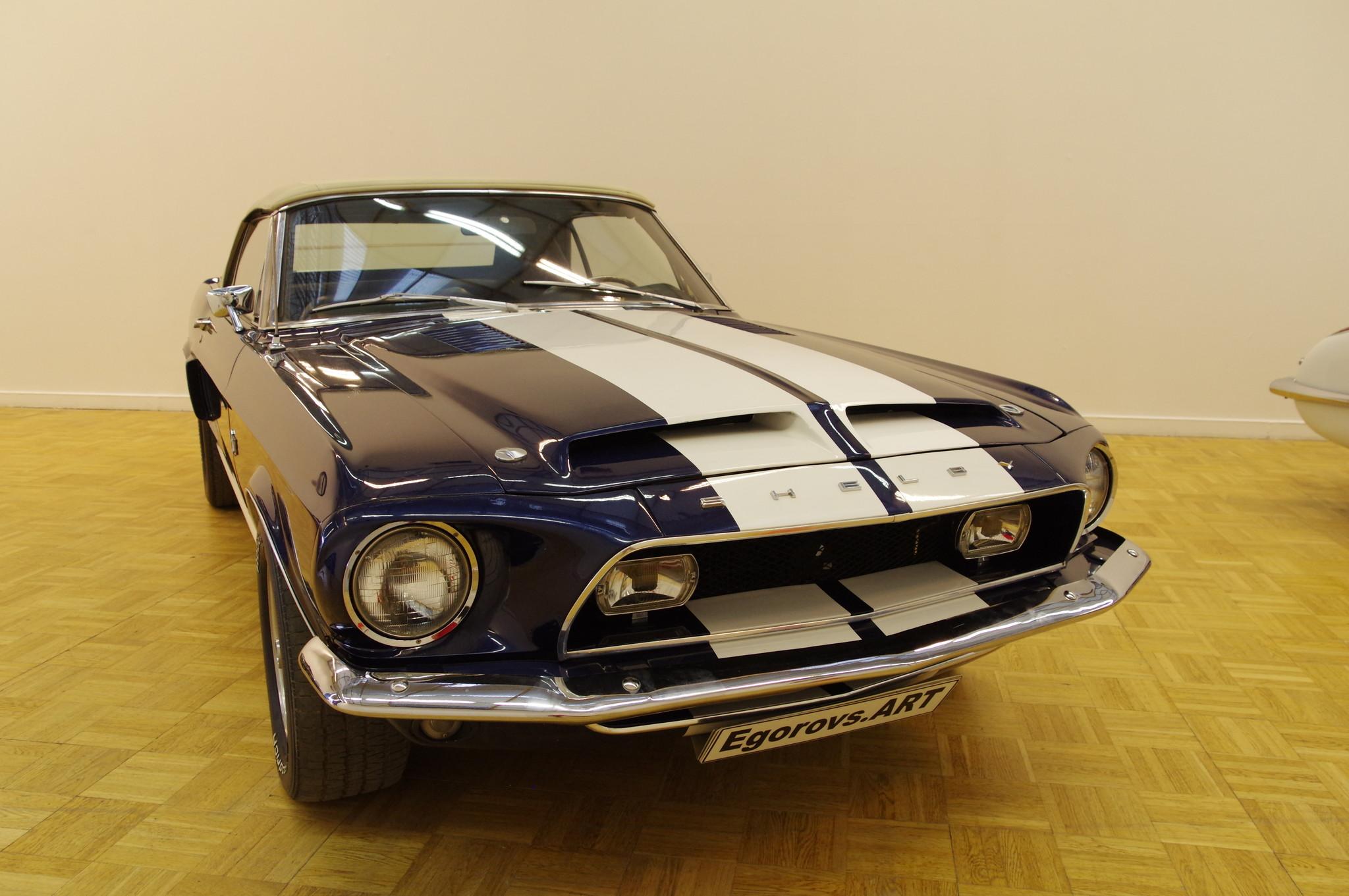 Автомобиль Ford Mustang Shelby Cobra GT500 KR Convertible 1968 года