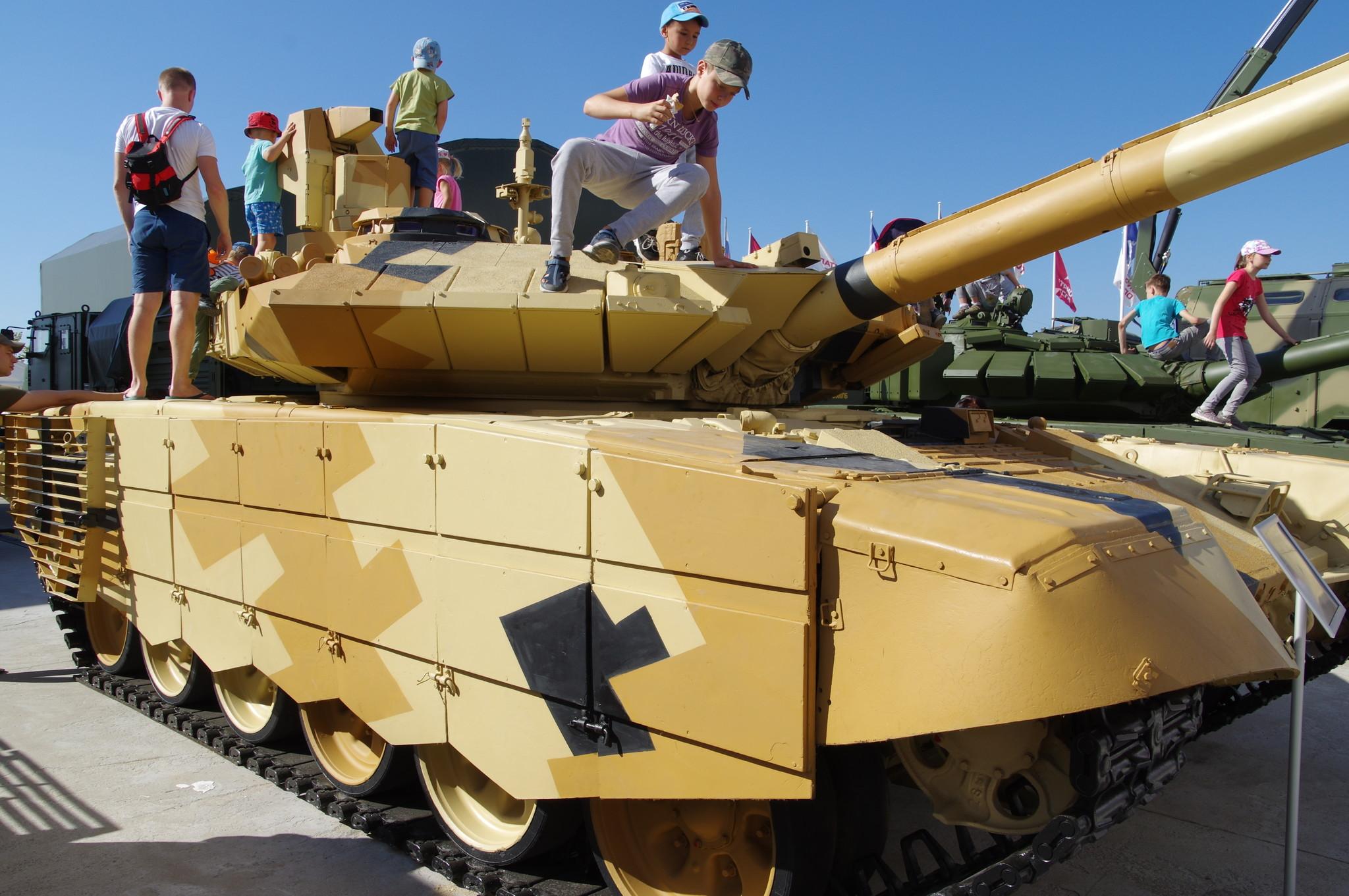 Модернизированный танк Т-90МС
