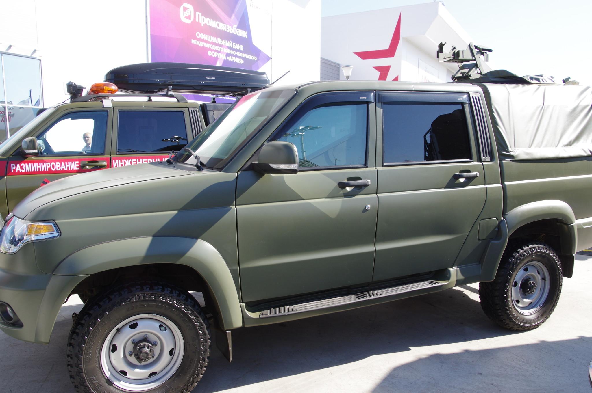 Специальное транспортное средство ЕСАУЛ 39461-03-02 - пикап на базе УАЗ-2363 (Пикап)