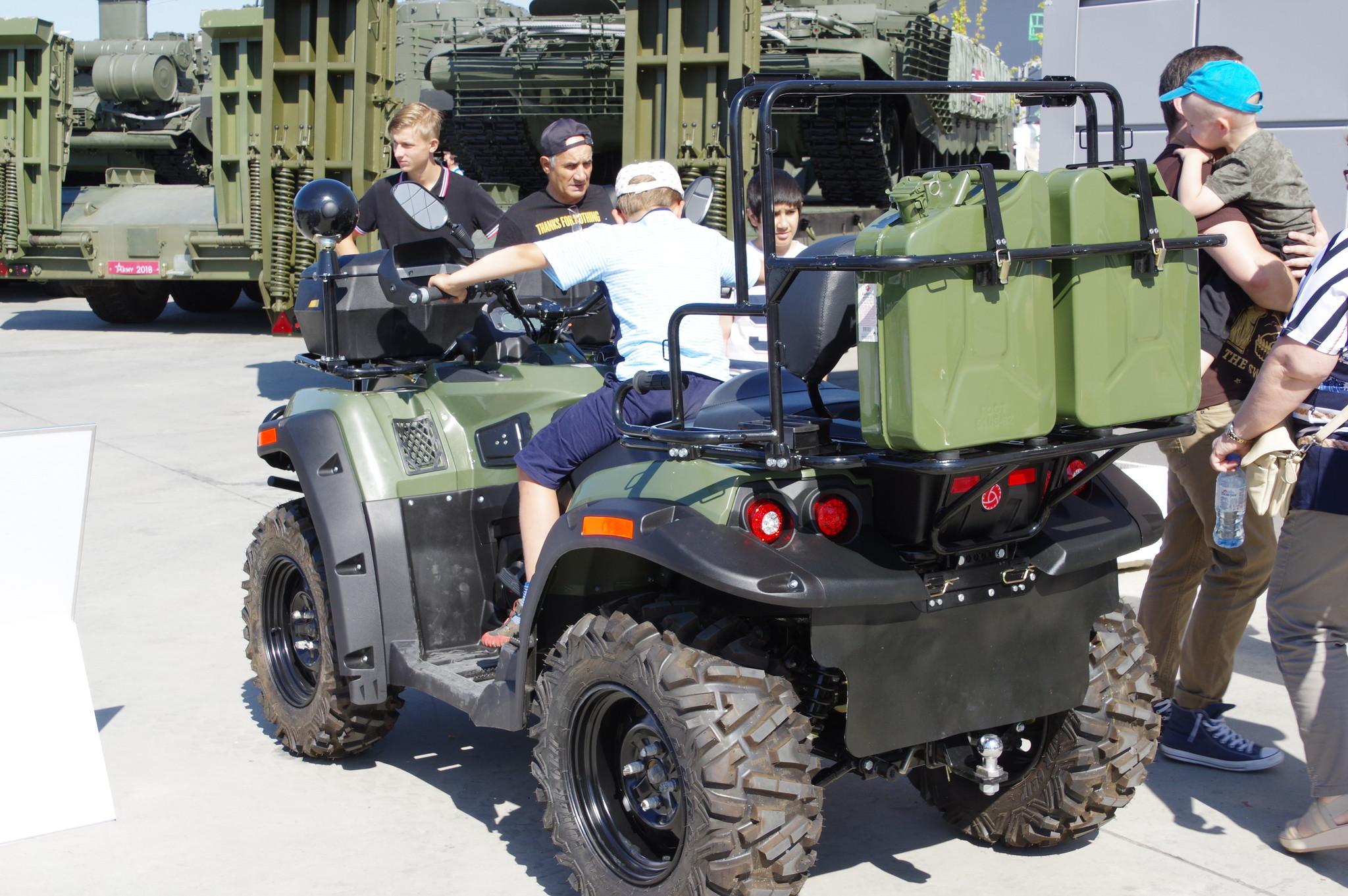 Армейский мотовездеход АМ-1