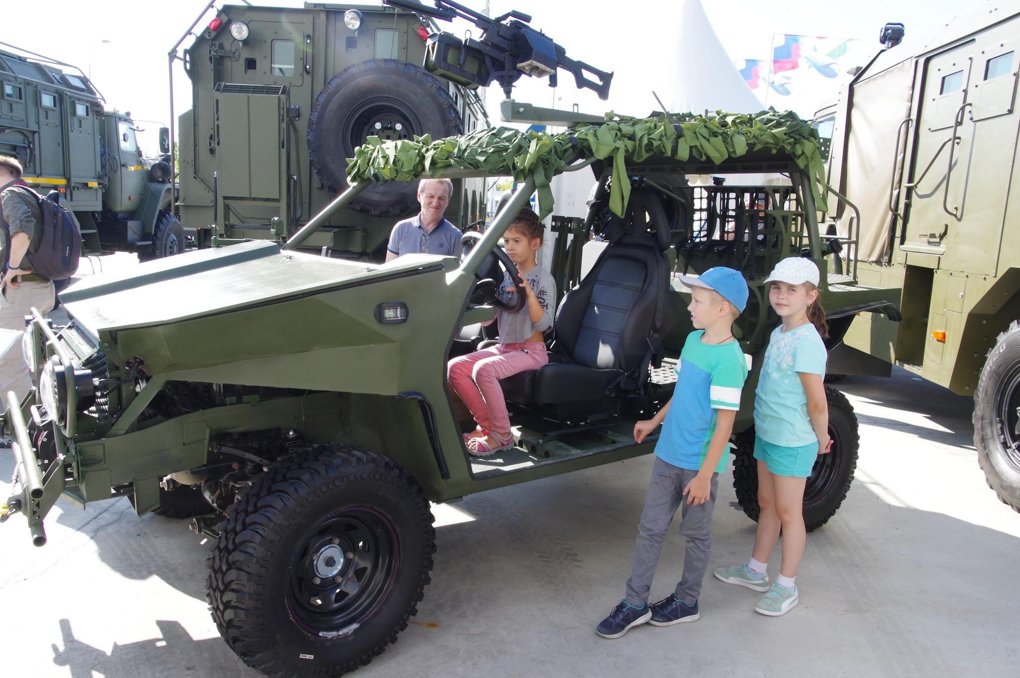 Сверхлёгкое специальное транспортное средство «Сармат»