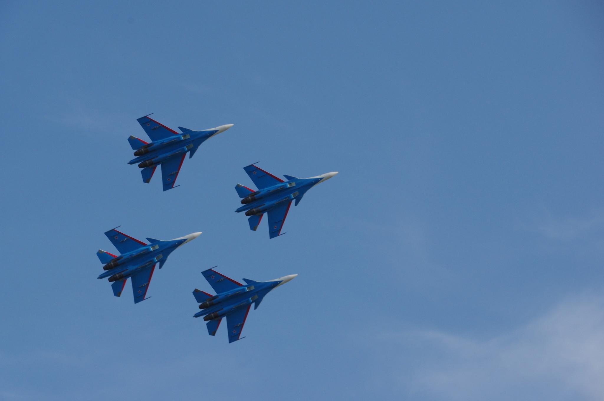 Истребители Су-30СМ пилотажной группы «Русские витязи»