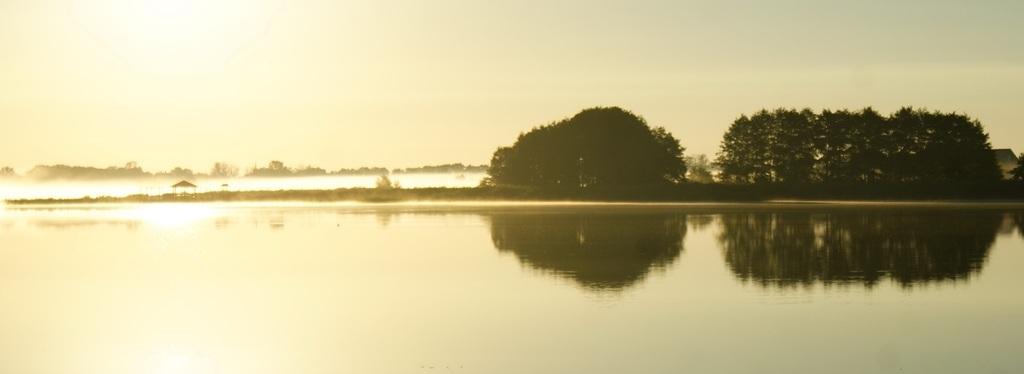 Восход на озере чайка калининградской области