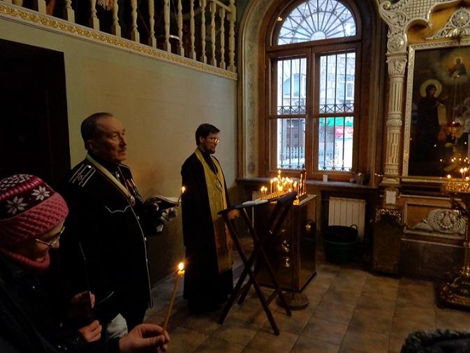 11 ноября на Братском некрополе героев Первой мировой войны открыли восстановленную надгробную плиту на месте погребения сестры милосердия Любови Константиновой. H-365