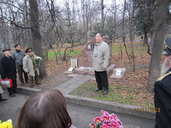 11 ноября на Братском некрополе героев Первой мировой войны открыли восстановленную надгробную плиту на месте погребения сестры милосердия Любови Константиновой. H-377