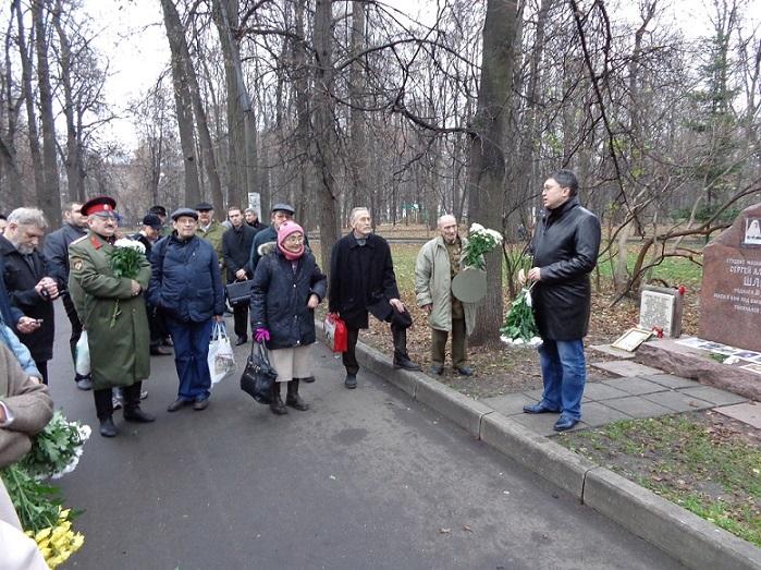 11 ноября на Братском некрополе героев Первой мировой войны открыли восстановленную надгробную плиту на месте погребения сестры милосердия Любови Константиновой. H-385