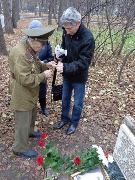 11 ноября на Братском некрополе героев Первой мировой войны открыли восстановленную надгробную плиту на месте погребения сестры милосердия Любови Константиновой. H-386