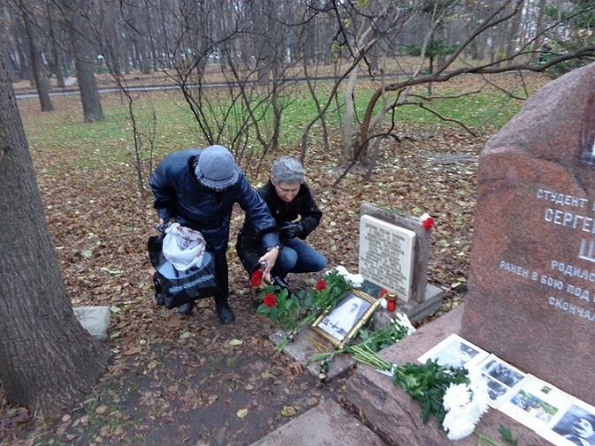 11 ноября на Братском некрополе героев Первой мировой войны открыли восстановленную надгробную плиту на месте погребения сестры милосердия Любови Константиновой. H-393