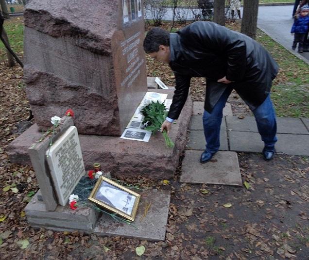 11 ноября на Братском некрополе героев Первой мировой войны открыли восстановленную надгробную плиту на месте погребения сестры милосердия Любови Константиновой. H-409