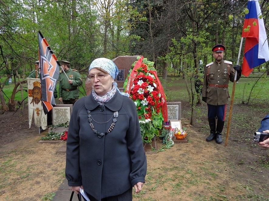 При участии Министерства культуры РФ на Братском кладбище героев войны 1914-1918 годов открыли надгробную плиту Сестрам милосердия Ольге Шишмаревой и Вере Семеновой. H-493