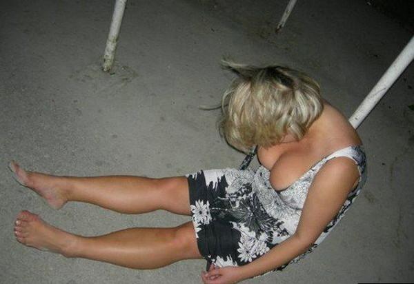 один пьяные мамки развращают видеоролики девочка дрочит это