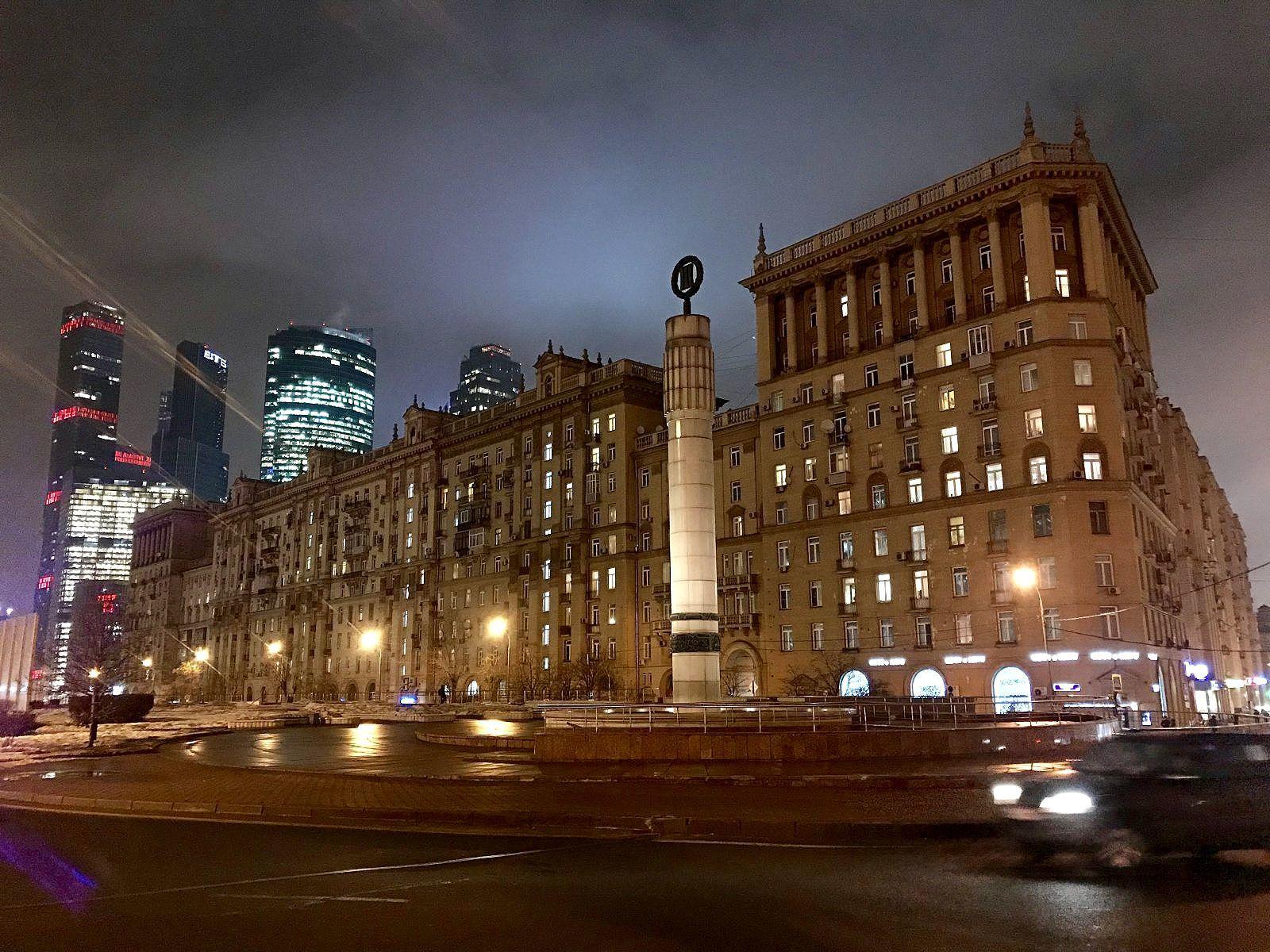 бывает внешний москва кутузовский проспект фото касается