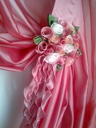 Как сшить розу из ткани - Оригами.