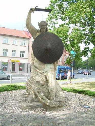 http://foto.mail.ru/mail/ragana-ja/819/i-847.jpg?56893