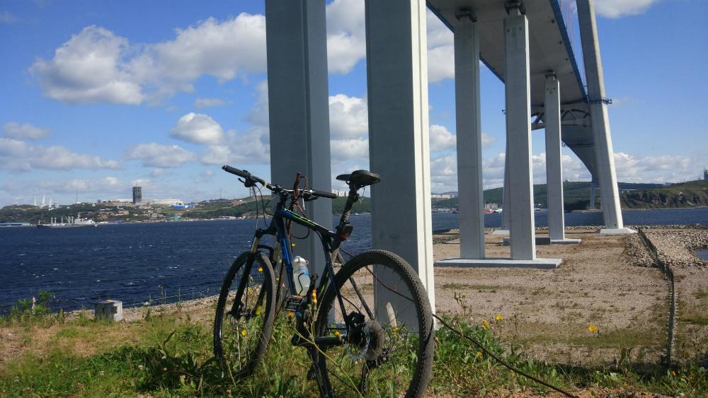 велосипед на острове Русский