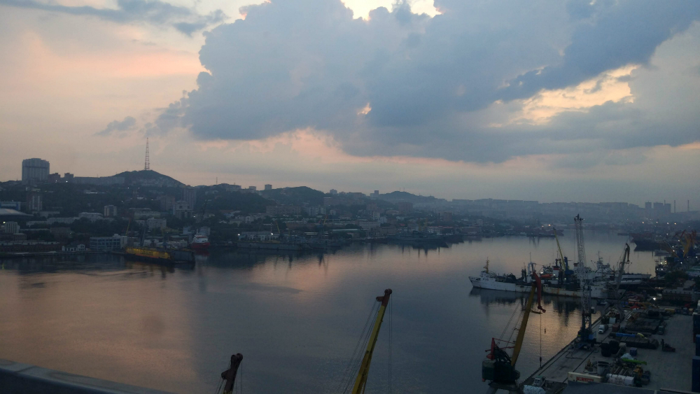 утро во Владивостоке