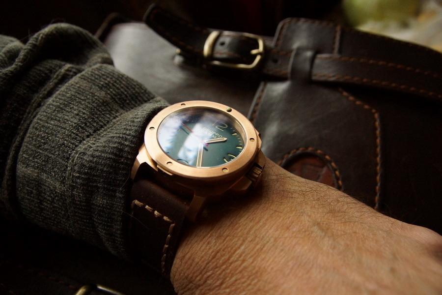 Отличительная черта марки часов diesel — массивность и непревзойденный дерзкий стиль.