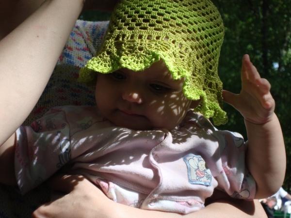 летняя панамка для девочки крючком.
