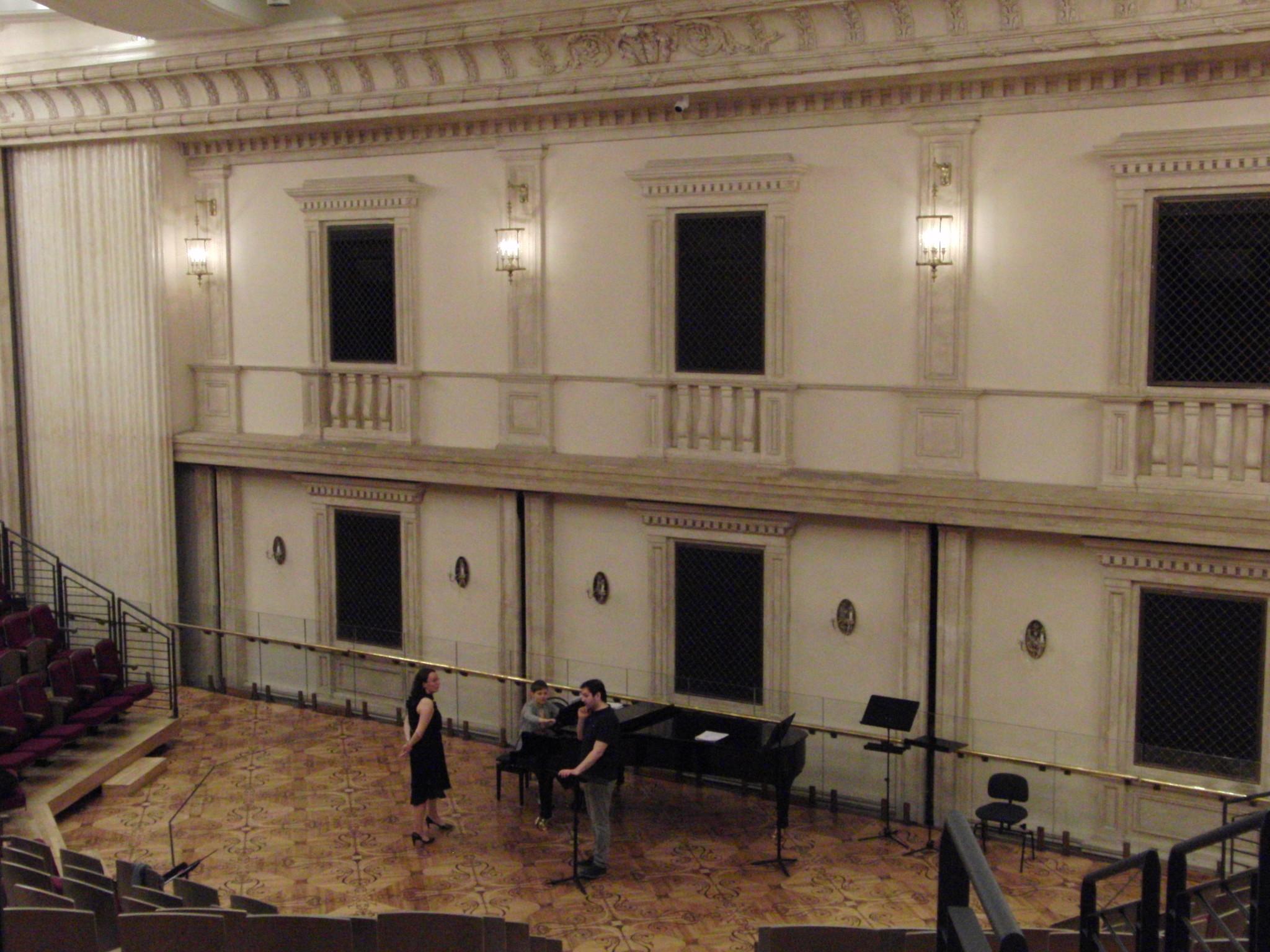 Сцена Бетховенского зала