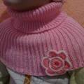 Вязаный берет и манишка Вязание спицами, крючком, уроки вязания.