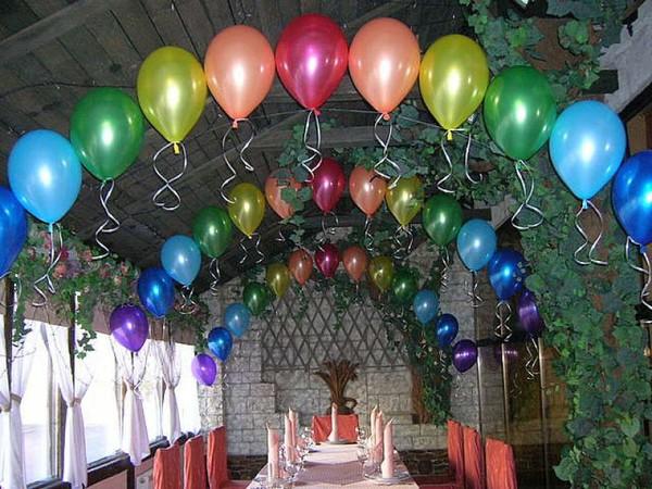 Наши услуги: -оформление залов шарами, цветами, декорирование тканями; -выездная регистрация; -флористика.