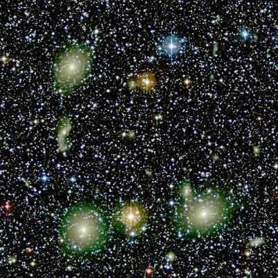 Звезды какого цвета не существует а синяя б зелёная в жёлтая