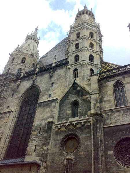 Вена, Стефенплац, собор св. Стефана: взгляд снаружи