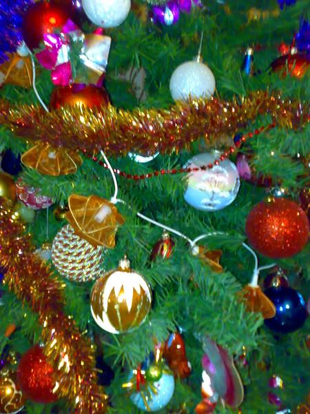 Размышления при украшении елки, они же - поздравления (вчерашний пост с блога Владимира Кудрявцева)