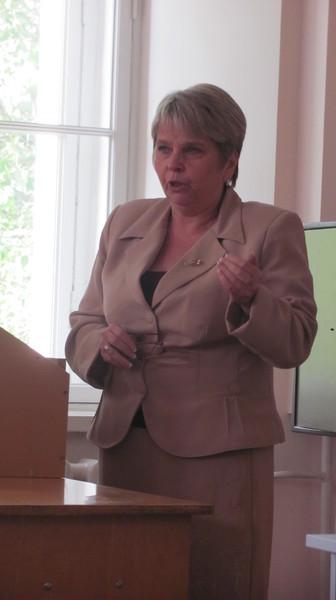 Елена Кравцова