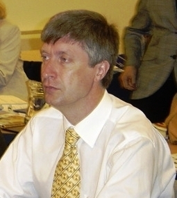 В. Лазуткин