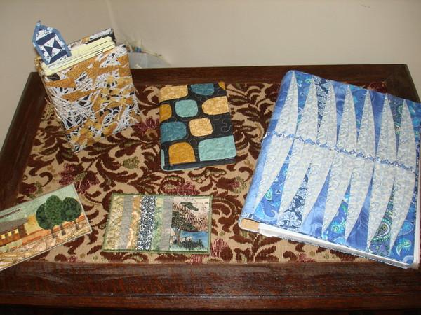 """""""Кабинет"""": фотоальбомы, открытки, папка для бумаг, закладка для книги."""
